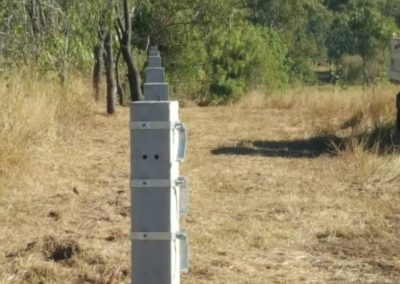 CTS Rural Cattle Bracket for between posts BK170.CTM